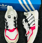 adidas_ultra_boost_pink_white_2